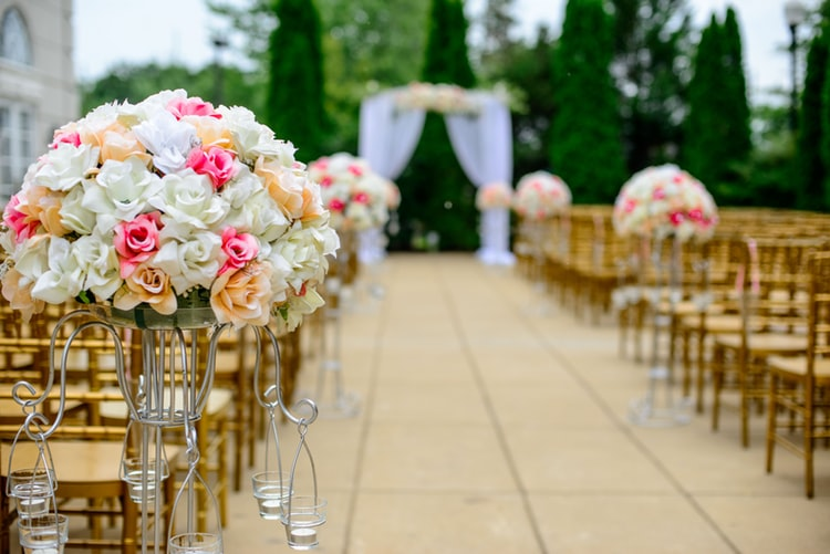 Tips to Decorate your Wedding Reception Venue - Rachnoutsav Weddings